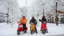 Зима скутеристам не помеха